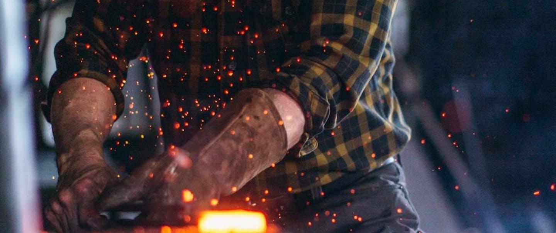 hammering steel