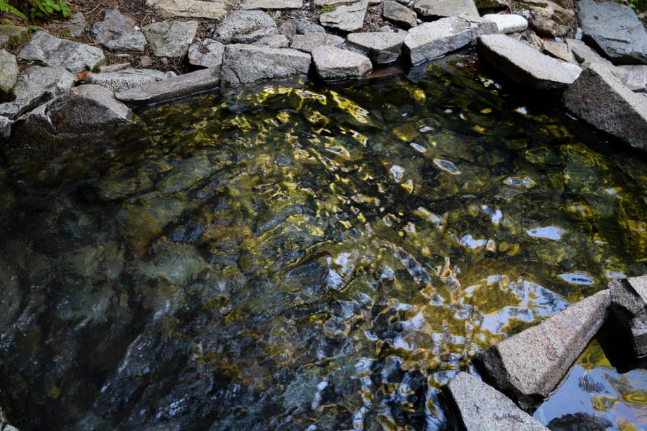 Top Natural Hot Springs_1200x628