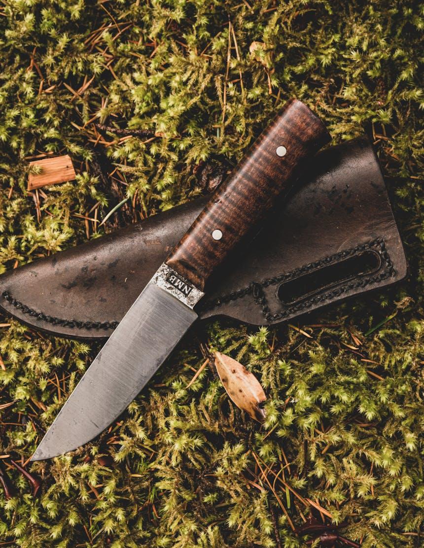 the woodsman knife ad image