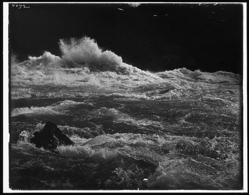 whirlpool-rapids-niagara-2