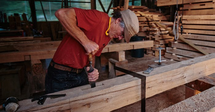 Timber framer Peter Henrikson